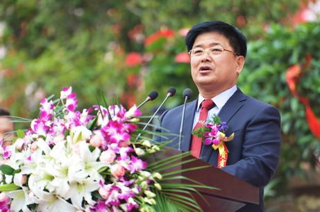 王玉春总裁最后在讲话中指出:回首过去,我们激情澎湃;展望未来